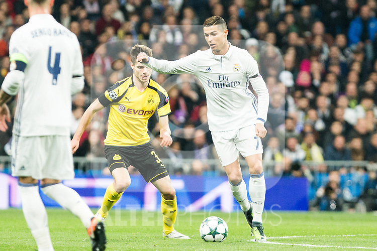 Real Madrid's Cristiano Ronaldo , Borussia Dortmund Julian Weigl during Champions League match between Real Madrid and Borussia Dortmund  at Santiago Bernabeu Stadium in Madrid , Spain. December 07, 2016. (ALTERPHOTOS/Rodrigo Jimenez)