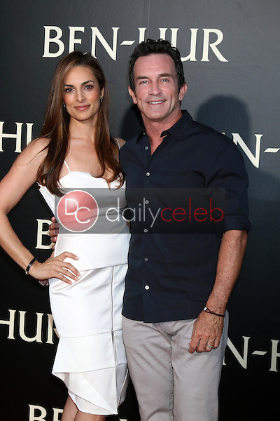 Lisa Ann Russell, Jeff Probst<br /> at the &quot;Ben-Hur&quot; Premiere, TCL Chinese Theater IMAX. Hollywood, CA 08-16-16<br /> David Edwards/DailyCeleb.com 818-249-4998