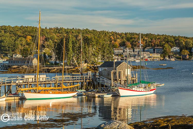 Harbor scene in Boothbay Harbor, Maine, USA