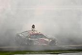 #20: Erik Jones, Joe Gibbs Racing, Toyota Camry buyatoyota.com wins
