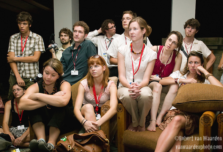 Heavy emotions run through the Canadian Youth Delegation after a side-event that was to explain Canada's much touted Turning the Corner plan. Youth had joined a large audience hoping to hear about Canada's plan as advertised but failed to hear anything about the issue. (©Robert vanWaarden Nusa Dua, Indonesia, Dec. 11, 2007)