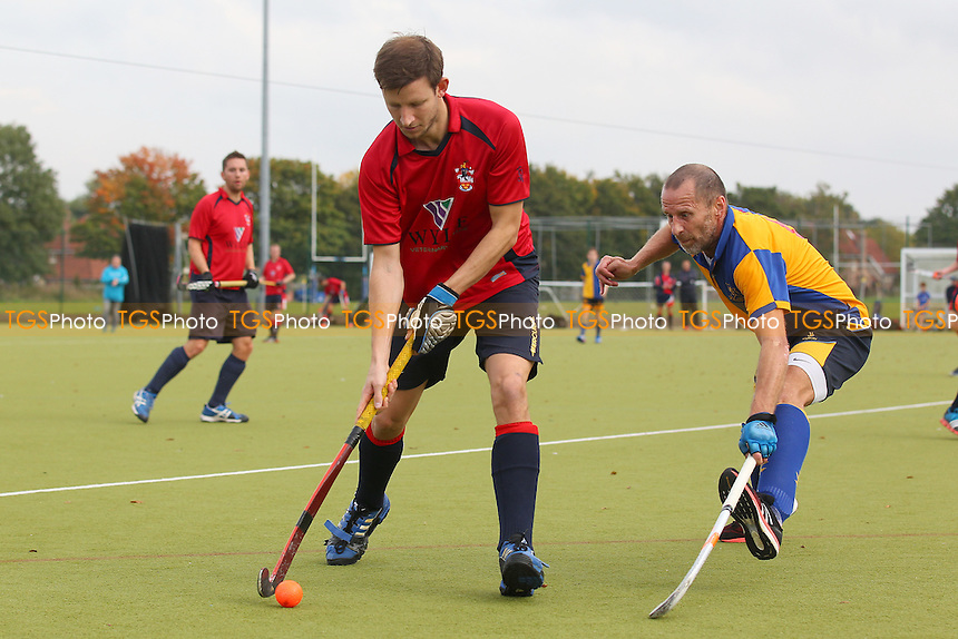 Upminster HC 3rd XI vs Brentwood HC 2nd XI, East Hockey League at the Coopers Company and Coborn School, Upminster, England on 10/10/2015