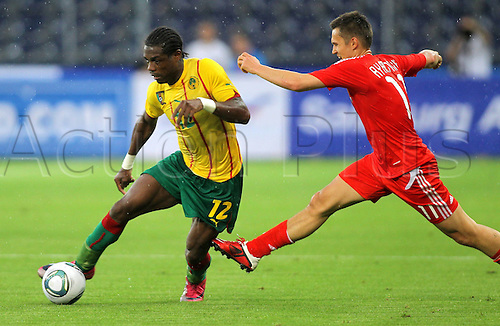 07.06.2011 International Friendly from Salzburg in Austria. Cameroon v Russia. Picture shows Henri Bedimo CMR and Alexander Ryazantsev RUS