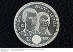 Moneda conmemorativa de la boda del principe Felipe de Borbon y Letizia Ortiz..Conmemorative coin in honour  of Prince Felipe of Borbon and Letizia Ortiz wedding.