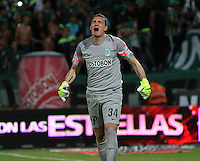 MEDELLÍN -COLOMBIA, 20-DICIEMBRE-2015. Franco Armani guardameta  del  Atlético Nacional  celebra su atajada de penalty  contra el Atlético Junior  por la Final vuelta de la Liga Aguila II 2015 jugado en el estadio Atanasio Girardot  de la ciudad de Medellín./ Franco Armani goalkeeper of Atletico Nacional  celebrates his stop penalty against  of Atletico Junior of the match between Atletico Nacional  and Atletico Junior  for the date final  of the Aguila League II 2015 played at Atanasio Girardot  stadium in Medellín  city. Photo: VizzorImage / Felipe Caicedo / Staff