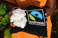 "Orissa Raygada Besuch bei fairtrade Baumwollbauern von Agrocel, Dorf Kodesu Farmer Frau Meneka Bidiki 23 Jahre | .South Asia India orissa visit of fairtrade cotton farmers of Agrocel near Rayagada  -  agriculture fair trade  .| [ copyright (c) Joerg Boethling / agenda , Veroeffentlichung nur gegen Honorar und Belegexemplar an / publication only with royalties and copy to:  agenda PG   Rothestr. 66   Germany D-22765 Hamburg   ph. ++49 40 391 907 14   e-mail: boethling@agenda-fototext.de   www.agenda-fototext.de   Bank: Hamburger Sparkasse  BLZ 200 505 50  Kto. 1281 120 178   IBAN: DE96 2005 0550 1281 1201 78   BIC: ""HASPDEHH"" ,  WEITERE MOTIVE ZU DIESEM THEMA SIND VORHANDEN!! MORE PICTURES ON THIS SUBJECT AVAILABLE!! INDIA PHOTO ARCHIVE: http://www.visualindia.net ] [#0,26,121#]"