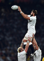 Geoff Parling of England wins the ball at a lineout. Rugby World Cup Pool A match between England and Australia on October 3, 2015 at Twickenham Stadium in London, England. Photo by: Patrick Khachfe / Onside Images