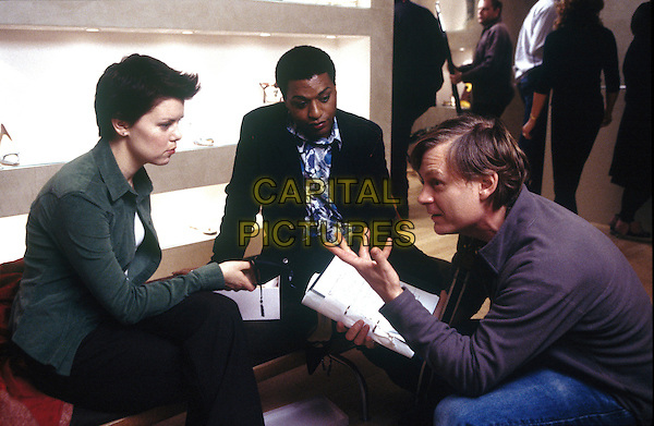 SARAH JANE POTTS, CHIWETEL EJIOFOR & JULIAN JARROLD (DIRECTOR).on the set of Kinky Boots.*Editorial Use Only*.www.capitalpictures.com.sales@capitalpictures.com.Supplied by Capital Pictures.