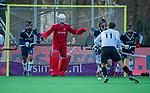 AMSTELVEEN - keeper Hidde Brink (Pinoke)  tijdens de competitie hoofdklasse hockeywedstrijd heren, Pinoke-Amsterdam (1-1)   COPYRIGHT KOEN SUYK