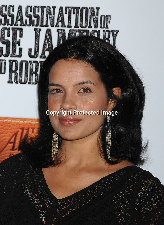 """Zuleikha Robinson..arriving at The US Premiere of""""The Assassination of Jesse ..James by the Coward Robert Ford"""" on September 18, 2007 at The Ziegfeld Theatre in New York. ..Robin Platzer, Twin Images....212-935-0770"""