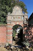Martenastins in Franeker. Museum Martena .Poort naar de tuin