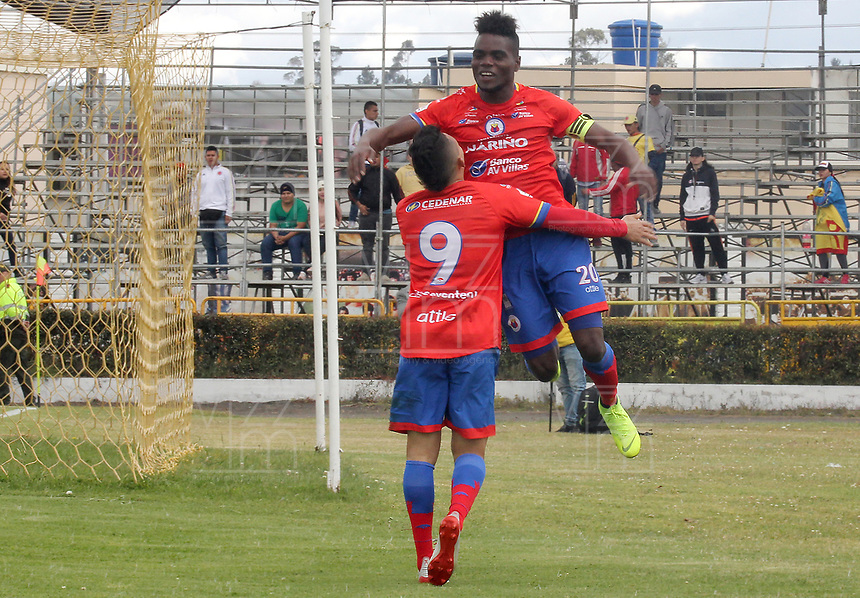 IPIALES - COLOMBIA, 29-08-2019: Andrey Estupiñan del Pasto celebra después de anotar el primer gol de su equipo partido por los cuartos de final de la Copa Águila 2019 entre Deportivo Pasto y Deportivo Pereira jugado en el estadio Estadio Municipal de Ipiales. / Andrey Estupiñanof Pasto celebrates after scoring the first goal of his team during match for the quaterfinals of the Aguila Cup 2019 between Deportivo Pasto and Deportivo Pereira played at Municipal stadium of Ipiales. Photo: VizzorImage / Leonardo Castro / Cont