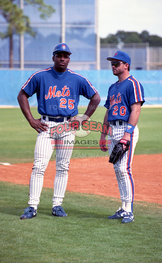 New York Mets Bobby Bonilla (25) and Howard Johnson (20) during spring training circa 1992.  (MJA/Four Seam Images)