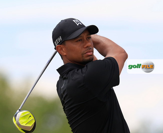 Tiger WOODS (USA) tees off the 4th tee during Thursday's Round 1 of the 2015 U.S. Open 115th National Championship held at Chambers Bay, Seattle, Washington, USA. 6/18/2015.<br /> Picture: Golffile | Eoin Clarke<br /> <br /> <br /> <br /> <br /> All photo usage must carry mandatory copyright credit (&copy; Golffile | Eoin Clarke)