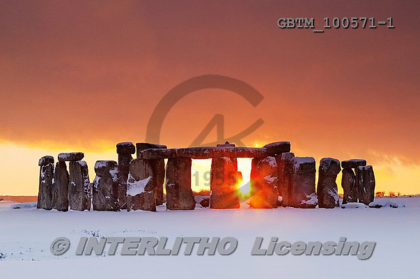 Tom Mackie, CHRISTMAS LANDSCAPE, photos,+Christmas, EU, England, Europa, Europe, European, Format, Prehistoric, Salisbury Plain, UK, UNESCO World Heritage Site, Wilts+hire, ancient, archeology, back-lit, backlight, backlit, concept, contre-jour, heritage, historic, history, horizontal, horiz+ontals, icon, iconic, lifestyle, light, material, megalithic, monument, places, religion, seasonal descriptions, snow, standi+ng stone, stone circle, stone henge, stonehenge, sunburst, sunrise, sunset, time of day, tr,Christmas, EU, England, Europa, E+,GBTM100571-1,#xl#