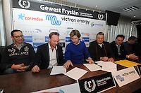 SCHAATSEN: HEERENVEEN: IJsstadion Thialf, 27-12-2014, Victron Energy nieuwe hoofdsponsor Gewest Fryslân KNSB, ©foto Martin de Jong