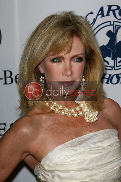 Donna Mills<br />
