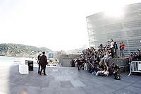 """SAN SEBASTIAN-DONASTIA, ESPANHA, 21 SETEMBRO 2012 - FESTIVAL DE CINEMA DE SAN SEBASTIAN DONOSTIA - O ator Richard Gere e a atriz Susan Sarandon e o diretor Nicholas Jarecki (E) durante dilvugacao do filme """"The Holes"""" durante o Festival de Cinema de San Sebastian Donostia na Espanha , nesta sexta-feira, 21. (FOTO: ALFAQUI / BRAZIL PHOTO PRESS)"""