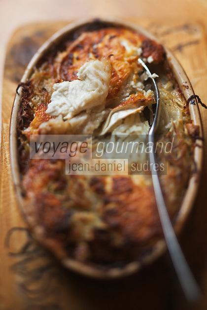 Europe/France/Rhône-Alpes/73/Savoie/Vallée de Belleville/Saint-Martin-de-Belleville: Paillasse aux pommes de terre et fromage au  Restaurant: Le Montagnard