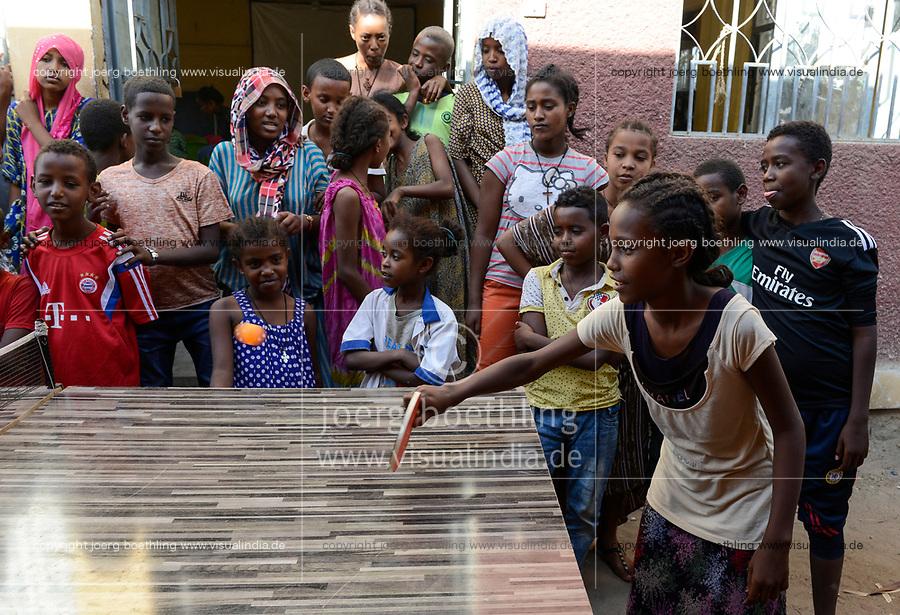 ETHIOPIA , Dire Dawa, children play table tennis / AETHIOPIEN, Dire Dawa, Kinder spielen Tischtennis