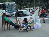Rio de Janeiro (RJ) 10.09.2012. Elei&ccedil;&atilde;o 2012/ Propaganda.<br />- Placas de propagandas de candidatos a elei&ccedil;&atilde;o 2012, no Bairro da Pra&ccedil;a Seca,Zona Norte do Rio de Janeiro, &eacute; vista nesta segunda-feira dia (10). Foto: Arion Marinho/ Brazil Photo Press.