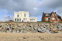 France, Manche (50), Cotentin, Agon-Coutainville, station balnéaire de Coutainville et la villa Sans-Gêne de style mauresque