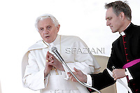 Pope Benedict XVI during his weekly general audience in St. Peter square at the Vatican, Wednesday. 19 october, 2011