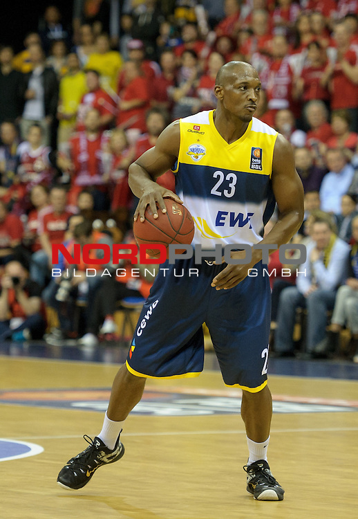 12.04.2015, EWE Arena, Oldenburg, GER, Beko BBL Top Four, Finale, Brose Baskets vs EWE Baskets Oldenburg, im Bild Rickey Paulding (Oldenburg #23)<br /> <br /> Foto &copy; nordphoto / Frisch