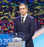 Philipp Lahm lost aus - 30.11.2019: UEFA EURO2020 Auslosung, Romexpo Bukarest, DISCLAIMER: UEFA regulations prohibit any use of photographs as image sequences and/or quasi-video.
