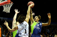 GRONINGEN - Basketbal, Donar - ZZ Leiden, Martiniplaza,  Dutch Basketball League, seizoen 2017-2018, 09-12-2017,  Donar speler Sean Cunningham in duel met Leiden speler Jessey Voorn