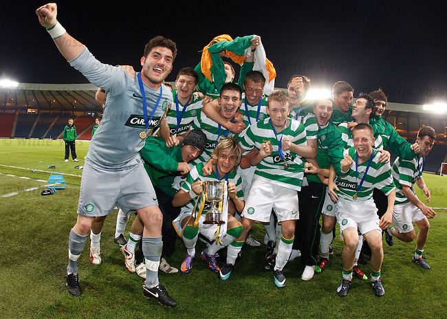 Celtic celebrate after winning the Scottish FA Youth Cup with a 2-0 victory over Rangers