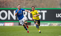 Ricardinho of Oxford United and Dan Gardner of Oldham Athletic during the Sky Bet League 1 match between Oxford United and Oldham Athletic at the Kassam Stadium, Oxford, England on 7 April 2018. Photo by Andy Rowland.