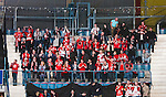 Stockholm 2015-01-04 Ishockey Hockeyallsvenskan AIK - Vita H&auml;sten :  <br /> Vita H&auml;stens supportrar under matchen mellan AIK och Vita H&auml;sten <br /> (Foto: Kenta J&ouml;nsson) Nyckelord:  AIK Gnaget Hockeyallsvenskan Allsvenskan Hovet Johanneshov Isstadion Vita H&auml;sten supporter fans publik supporters