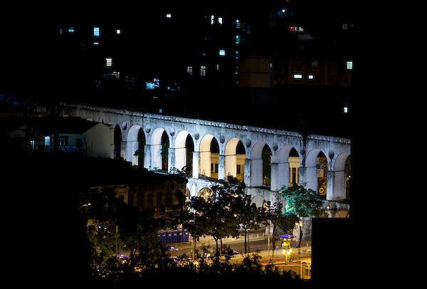 Rio de Janeiro_RJ, Brasil.. .Aqueduto da Carioca ou Arcos da Lapa, Rio de Janeiro...Lapa arch in Rio de Janeiro...Foto: BRUNO MAGALHAES / NITRO