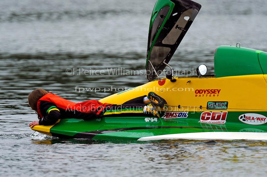 """Row, row, row yor boat"" Amanda Hagerl, (#4)   (SST-45 class)"