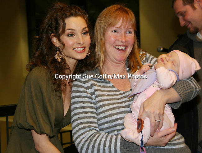 """All My Children's Alicia Minshew """"Kendall Hart Slater"""" with fans as she signs """"Kendall's"""" new novel """"Charm"""" for fans on February 20, 2008 at Barnes & Noble in Clifton, New Jersey. (Photo by Sue Coflin/Max Photos)"""