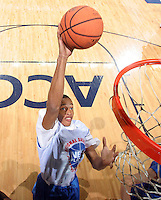 WF Shawn Williams (Duncanville, TX / Duncanville) shoots the ball during the NBA Top 100 Camp held Saturday June 23, 2007 at the John Paul Jones arena in Charlottesville, Va. (Photo/Andrew Shurtleff)
