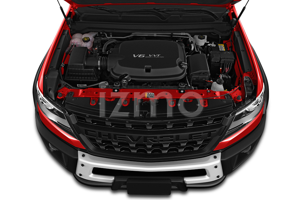 Car stock 2019 Chevrolet Colorado ZR2 4 Door Pick Up engine high angle detail view