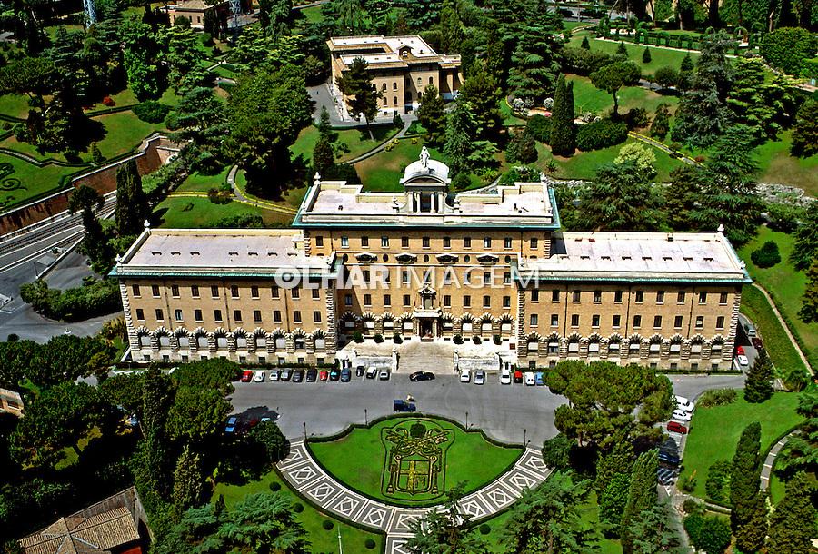 Edifícios do Vaticano em Roma, Itália. 1993. Foto de Dudu Cavalcanti.