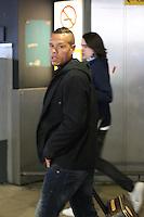 FRANCA, LONDRES, 04 DE FEVEREIRO DE 2013 - DESEMBARQUE SELECAO DO BRASIL - Luiz Fabiano da Selecao Brasileira desembraca no aeroporto de Heatrow em Londres, nesta segunda-feira,(4), para Amistoso Internacional contra Inglaterra. FOTO: GUILHERME ALMEIDA / BRAZIL PHOTO PRESS