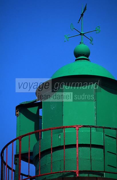 Europe/France/Bretagne/29/Finistère/Ile de Sein: Le phare de Men-Brial