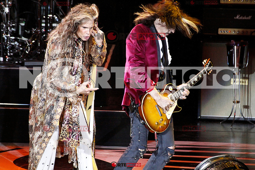 ATLANTIC CITY, NJ - NOVEMBER 23 :  Aerosmith performing in Ovations Hall at Revel Casino in Atlantic City, New Jersey on November 23, 2012  © Star Shooter / MediaPunch Inc /NortePhoto