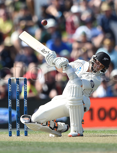 20.02.2016. Christchurch, New Zealand.  BJ Watling ducks a bouncer. New Zealand Black Caps versus Australia. Day 1, 2nd test match, Hagley Oval in Christchurch, New Zealand. Saturday 20 February 2016.