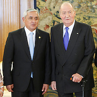 King Juan Carlos of Spain receives Guatemalan President Otto Perez Molina at Zarzuela Palace, Madrid. February 13, 2013. (ALTERPHOTOS/Caro Marin) /NortePhoto