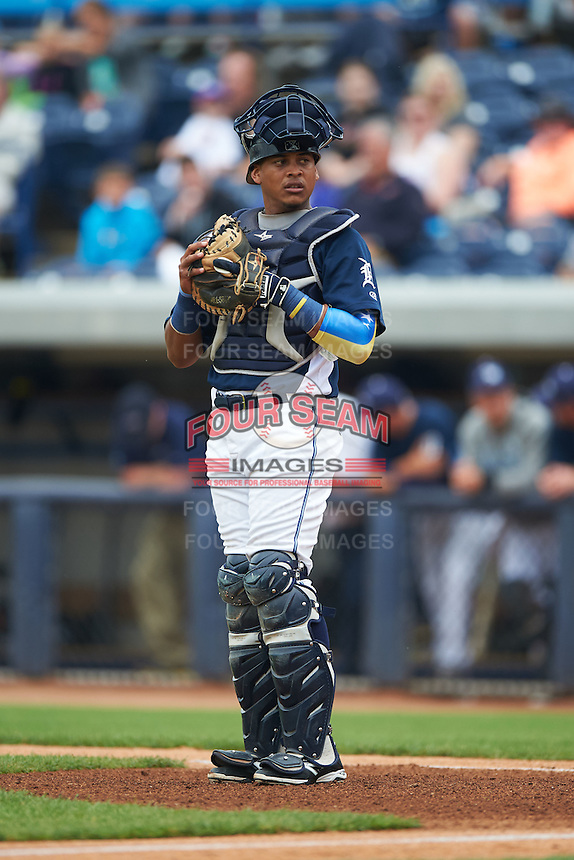 West Michigan Whitecaps catcher Franklin Navarro (12) during a game against the Cedar Rapids Kernels on June 7, 2015 at Fifth Third Ballpark in Comstock Park, Michigan.  West Michigan defeated Cedar Rapids 6-2.  (Mike Janes/Four Seam Images)