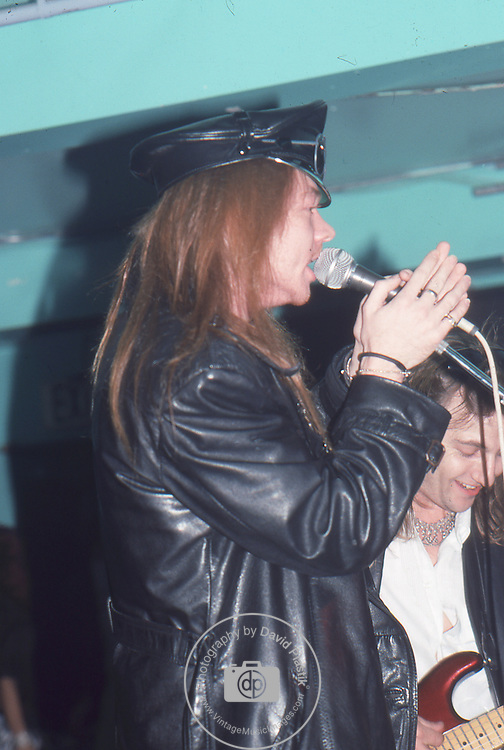 Guns-N-Roses-382.jpg