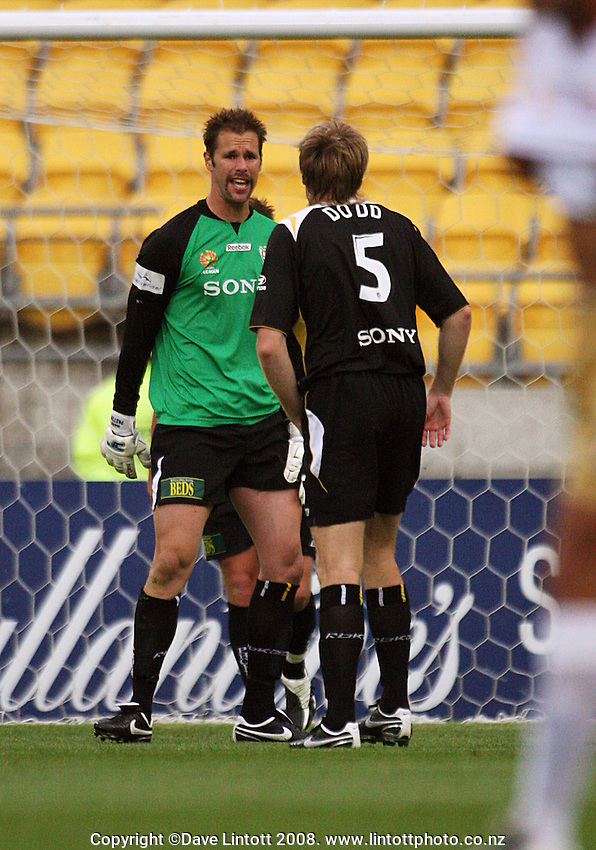 Mark Paston talks to Karl Dodd during the A-League soccer match between the Wellington Phoenix and Newcastle Jets at Westpac Stadium, Wellington, New Zealand on Sunday, 23 November 2008. Photo: Dave Lintott / lintottphoto.co.nz