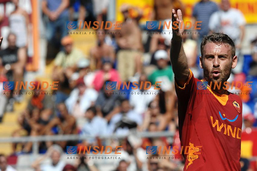 """Daniele DE ROSSI Roma.Roma 11/9/2011 Stadio """"Olimpico"""".Football Calcio 2011/2012 Serie A.Roma Vs Cagliari.Foto Insidefoto Andrea Staccioli"""