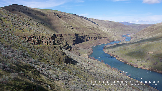 The Deschutes River near Kloan.