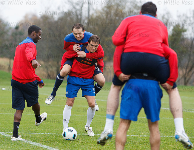 "Sasa Papac riding Nikica Jelavic and the pair of them are trying to get the ball from Mo Edu, it's like a scene from ""it's a Knockout""... the Croatian/Bosnian team are playing their joker!"